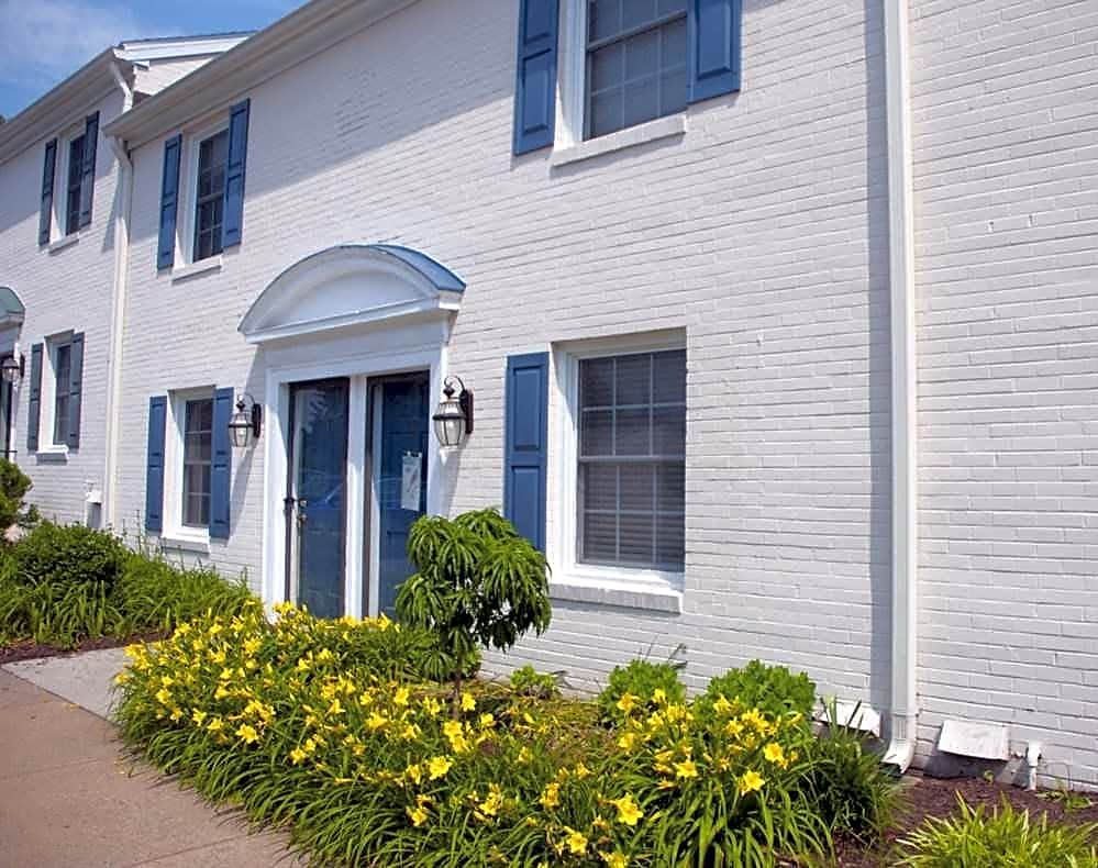 Photo: Charlottesville Apartment for Rent - $1132.00 / month; 3 Bd & 2 Ba