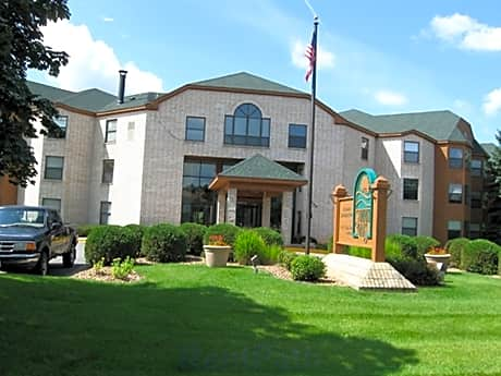 Summit Oaks for rent in Coon Rapids