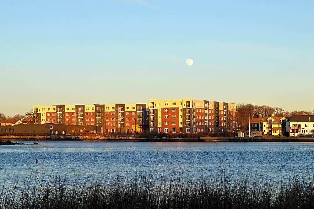 Apartments Near UMass-Dartmouth The Residences at 99 Water for University of Massachusetts Dartmouth Students in North Dartmouth, MA