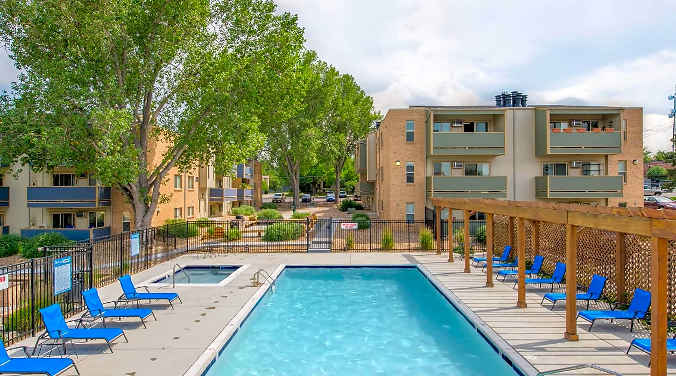 Apartments Near Westwood Collective Glendale for Westwood College Students in Denver, CO