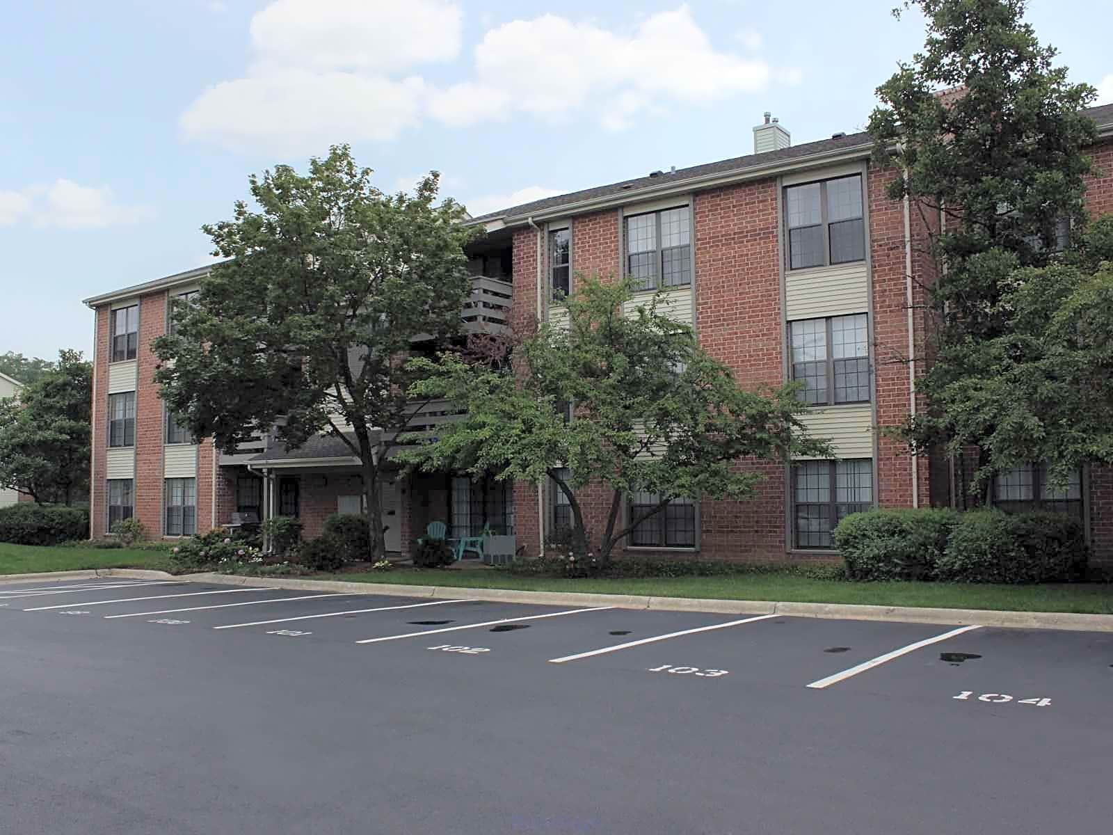 Palatine Square Apartments For Rent