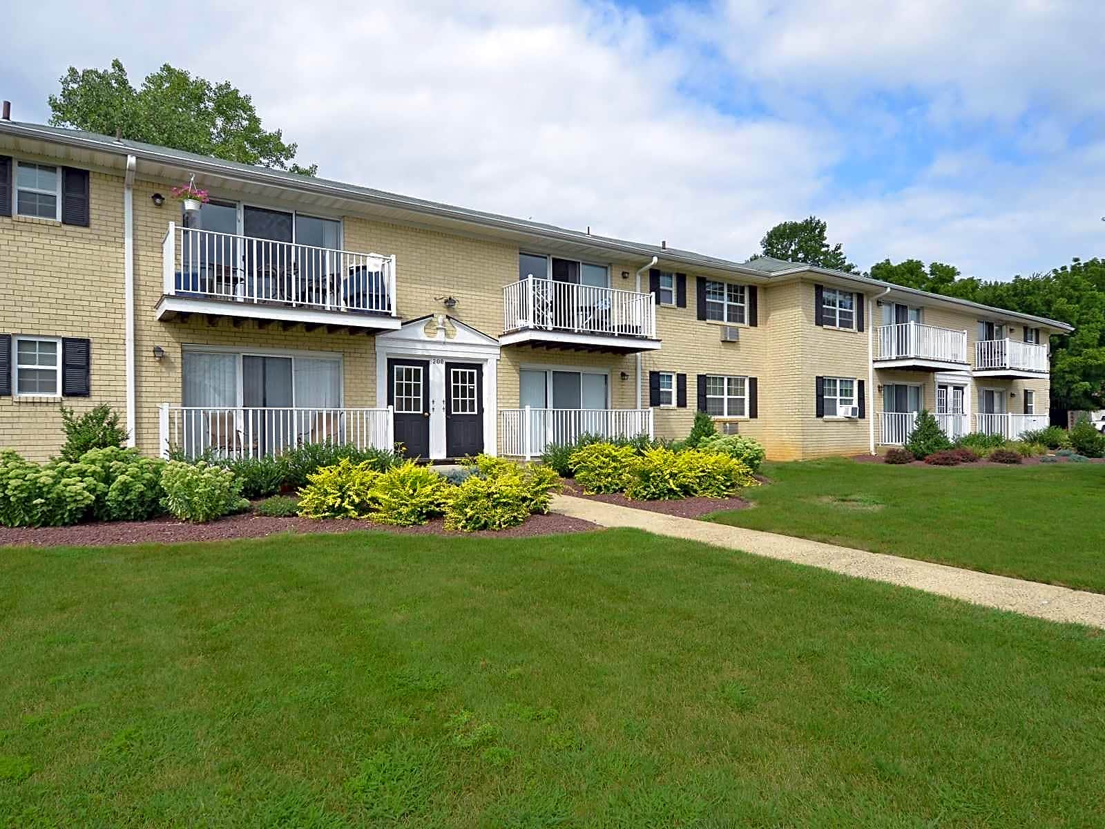 Chesterfield Apartments Freehold NJ