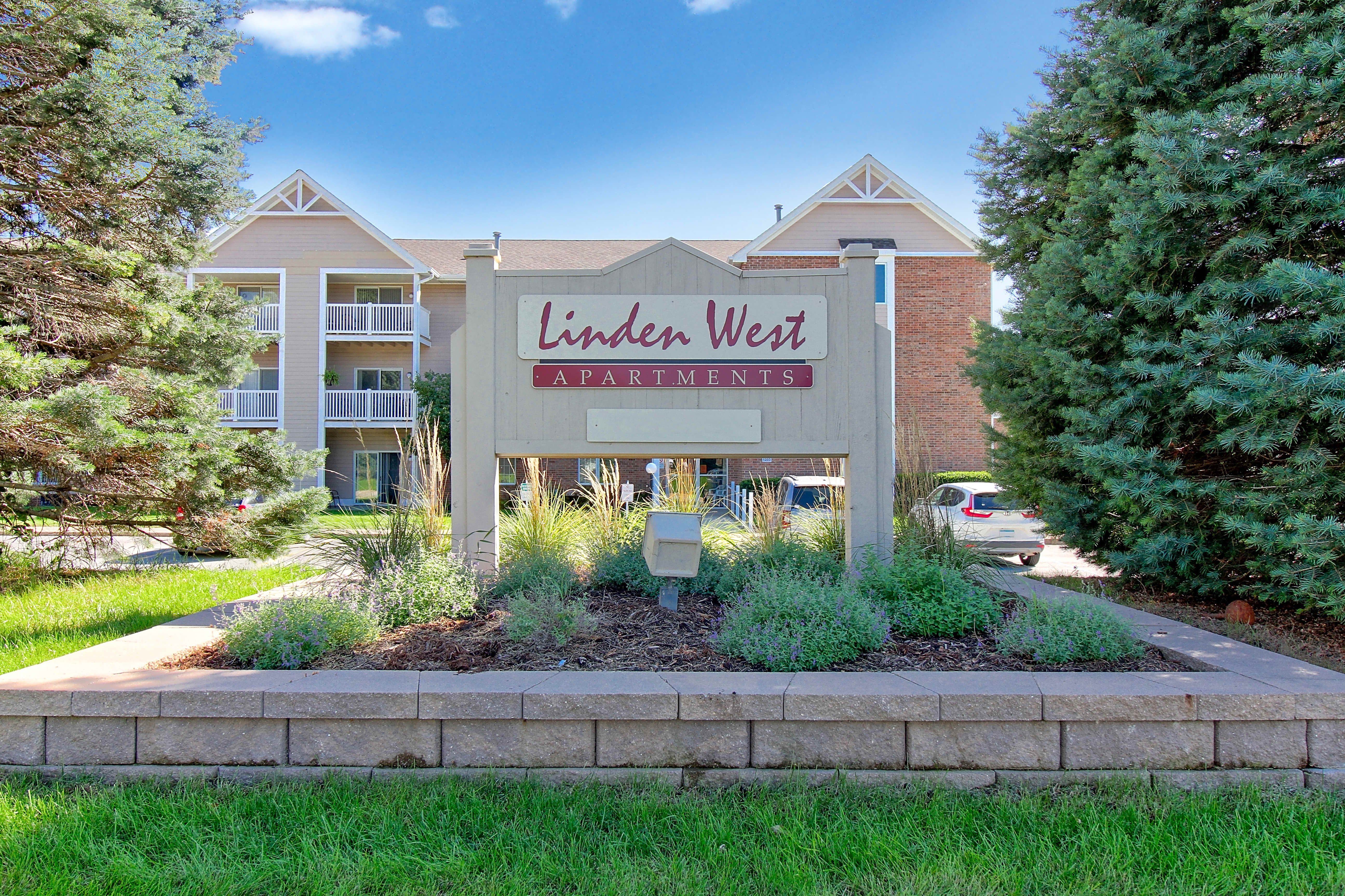 Apartments Near Simpson Linden West Apartments for Simpson College Students in Indianola, IA