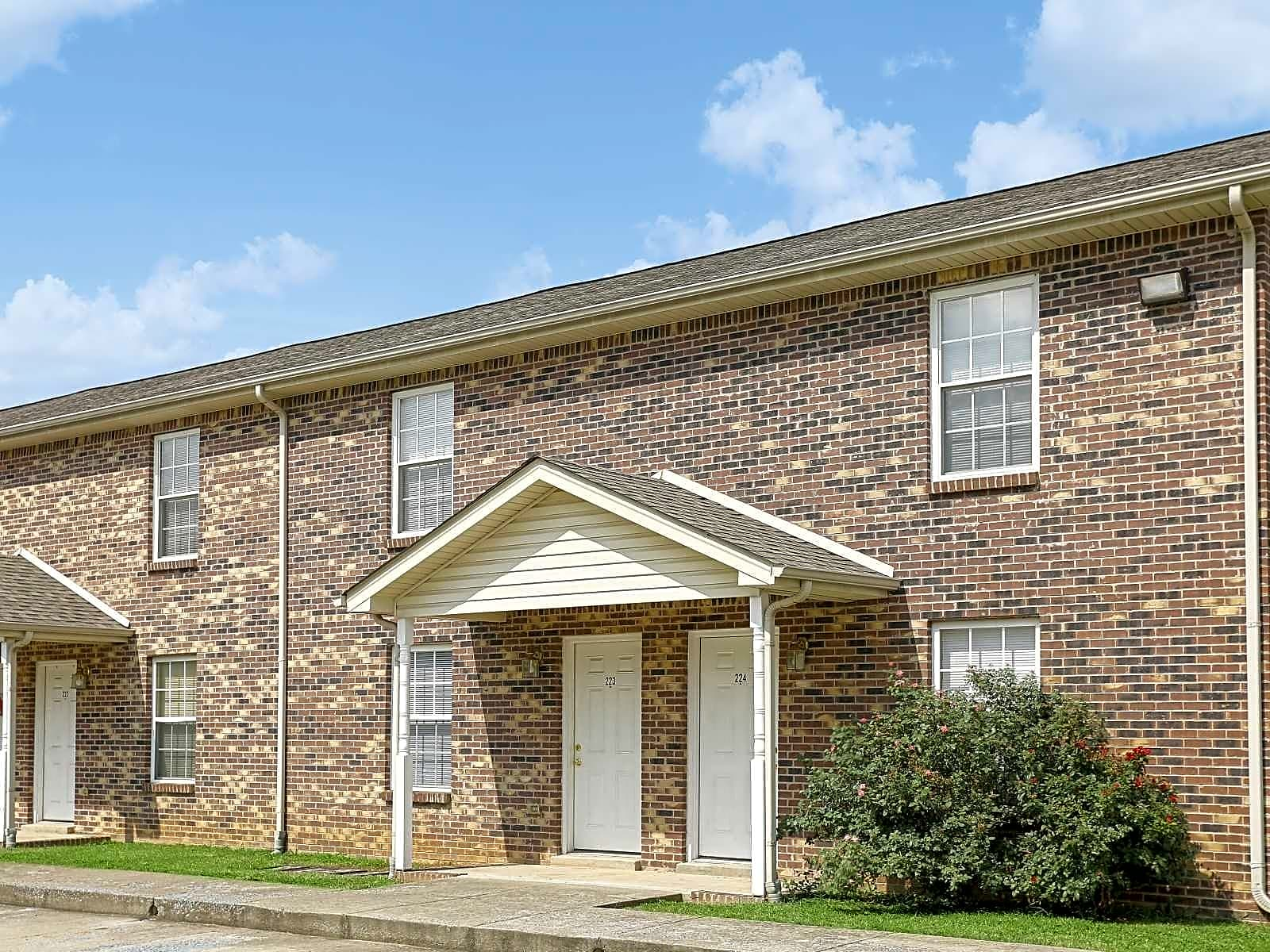 Clarksville Apartments Near Austin Peay