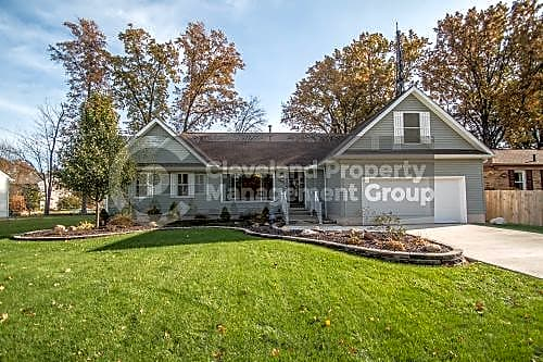 House for Rent in Avon