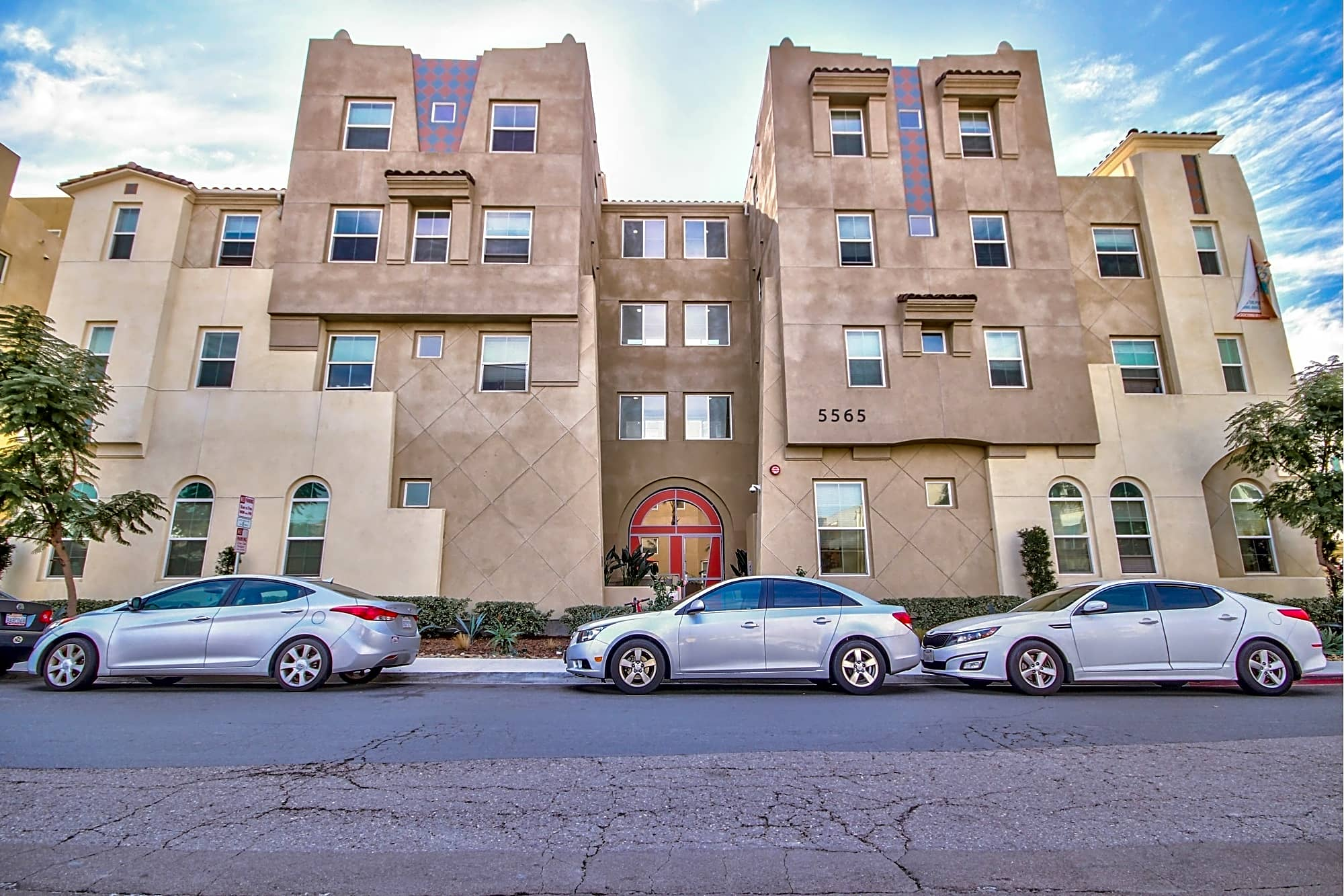 Apartments Near SDSU Suites On Paseo for San Diego State University Students in San Diego, CA