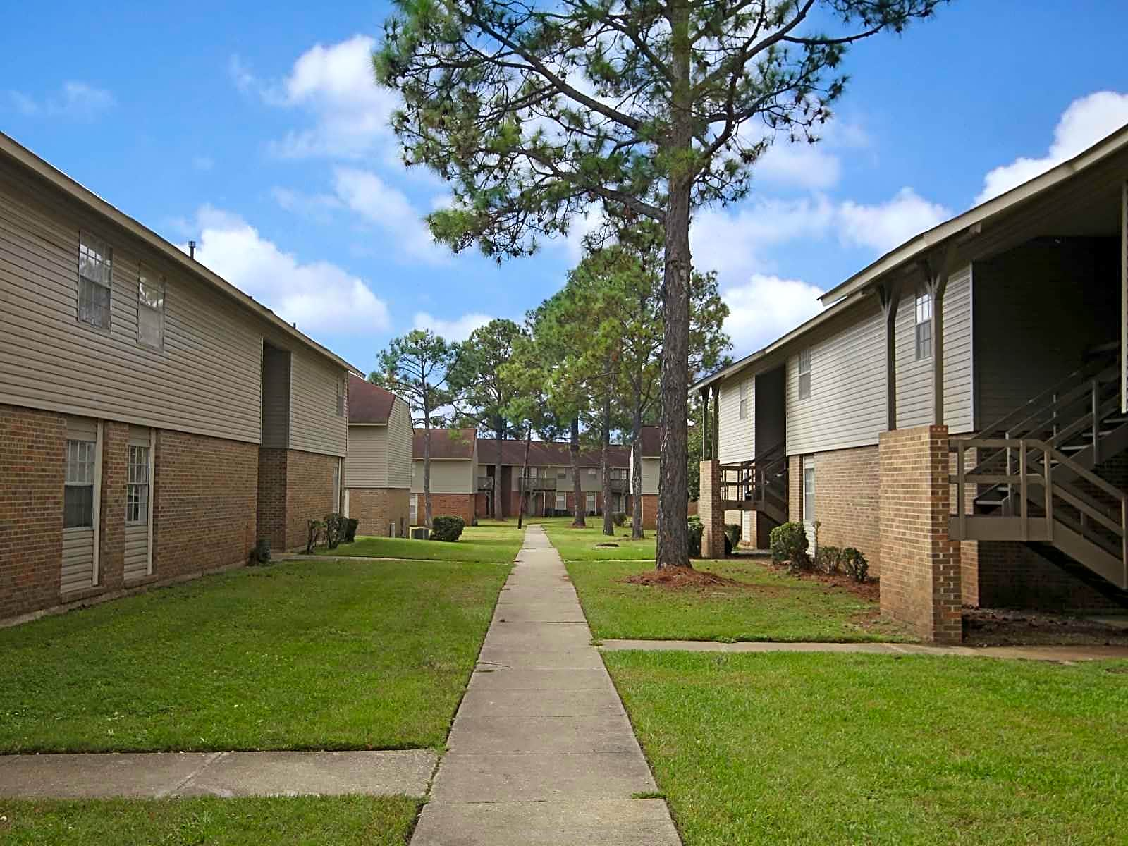 Apartments Near Auburn Montgomery Amesbury for Auburn University at Montgomery Students in Auburn, AL