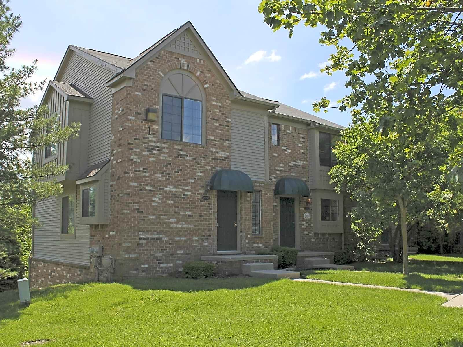 Wexford Townhomes Of Novi