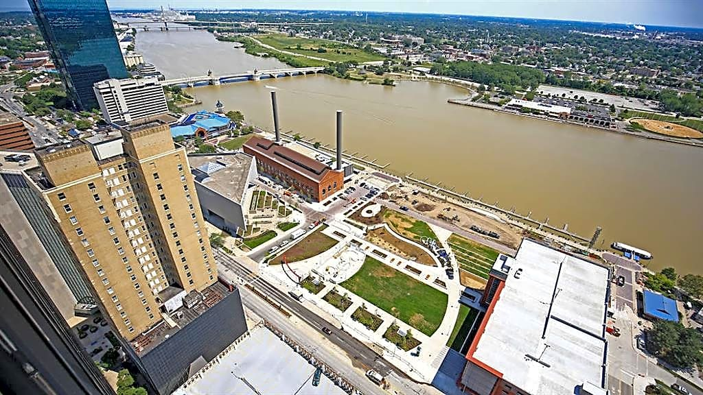 Apartments Near Owens Tower on the Maumee for Owens Community College Students in Toledo, OH