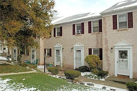 Photo: Hamden Apartment for Rent - $860.00 / month; 1 Bd & 1 Ba