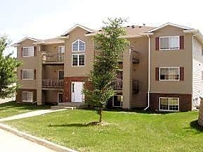 Apartments Near Kirkwood Cypress Pointe for Kirkwood Community College Students in Cedar Rapids, IA