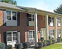 Apartments Near MCG Hickman Arms for Medical College of Georgia Students in Augusta, GA