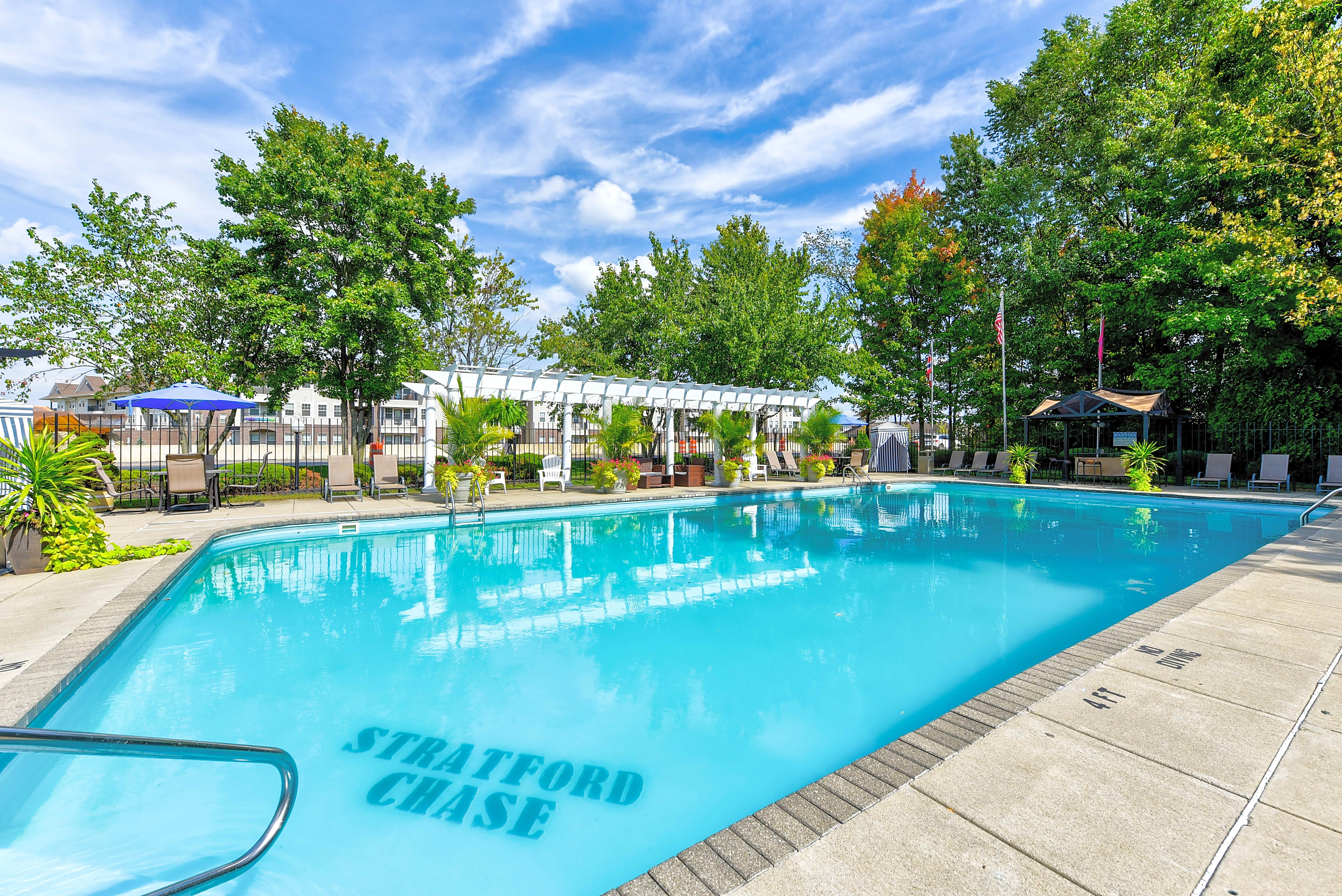 Apartments Near Otterbein Stratford Chase for Otterbein College Students in Westerville, OH