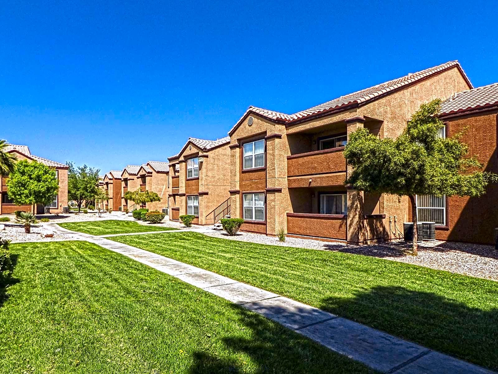 Apartments Near UNLV Monterra Apartment Homes for University of Nevada-Las Vegas Students in Las Vegas, NV