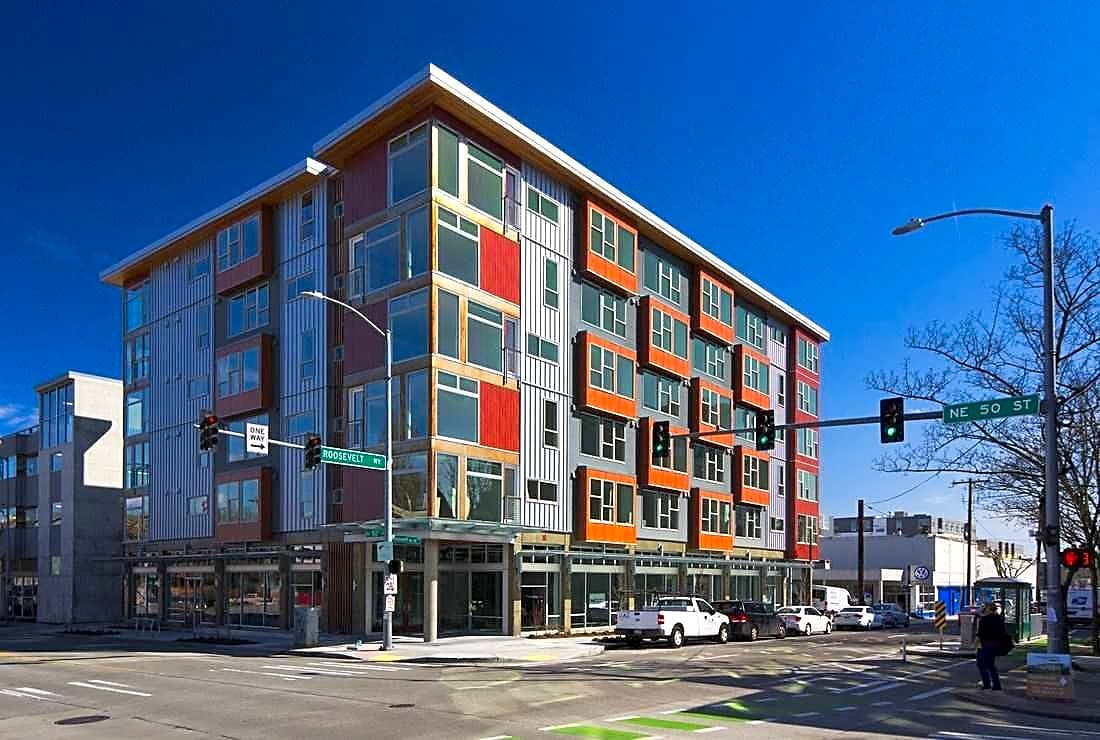 Apartments Near UW Roosevelt and 50th for University of Washington Students in Seattle, WA