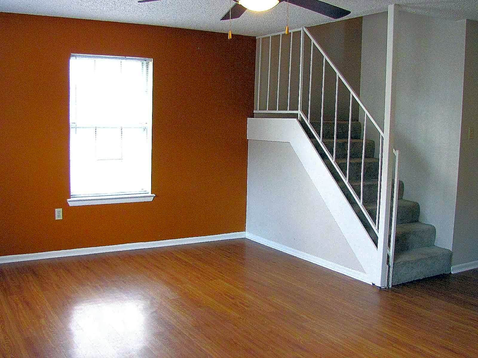 Photo: Baton Rouge Apartment for Rent - $695.00 / month; Studio & 1 Ba