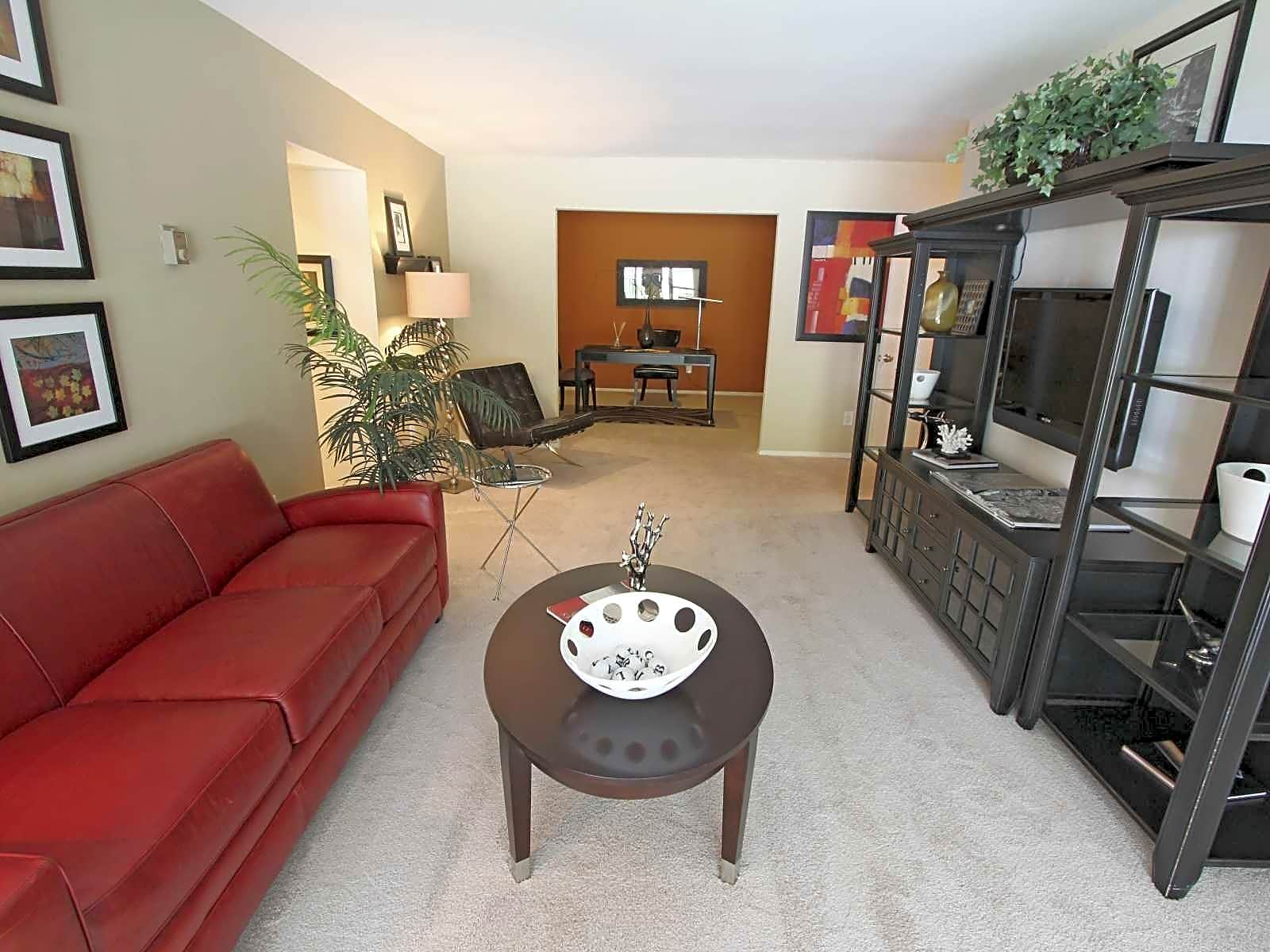 Photo: Annandale Apartment for Rent - $1475.00 / month; 2 Bd & 1 Ba