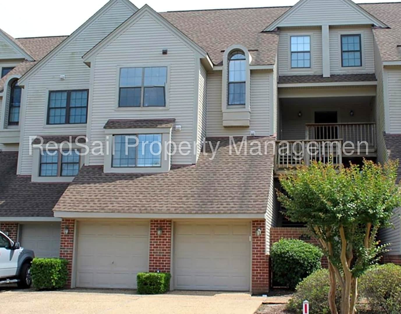 Apartments Near Christopher Newport University