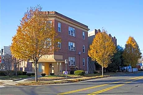 Photo: Hamden Apartment for Rent - $900.00 / month; 1 Bd & 1 Ba