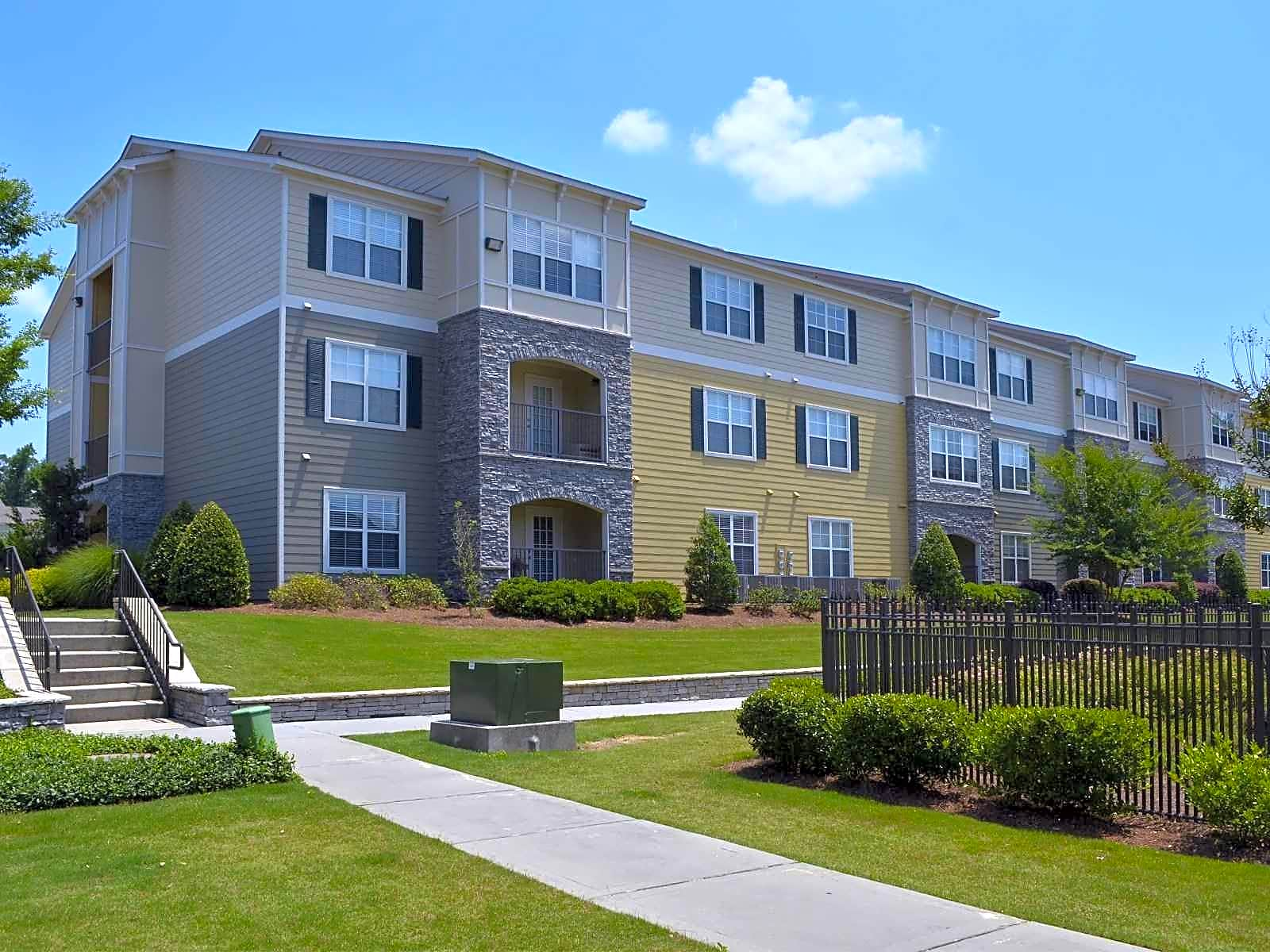 Apartments Near Southern Haven at Commons Park for Southern Adventist University Students in Collegedale, TN