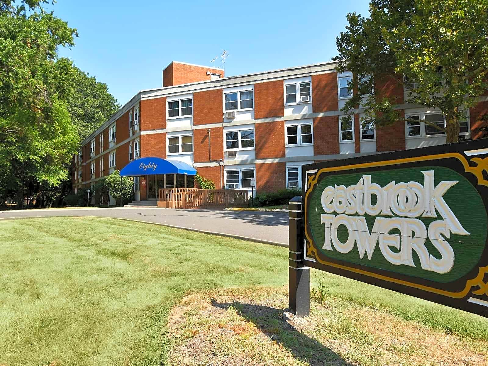 Eastbrook Towers Apartments - East Hartford, CT 06118