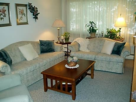 Lucia Lane Apartments for rent in Fridley