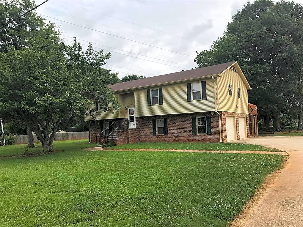 greenville houses for rent apartments in greenville south carolina