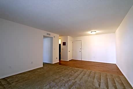 Photo: Fort Myers Apartment for Rent - $600.00 / month; 2 Bd & 1 Ba