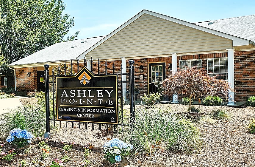 Apartments Near Ross Medical Education Center-Evansville Ashley Pointe Apartments of Evansville for Ross Medical Education Center-Evansville Students in Evansville, IN
