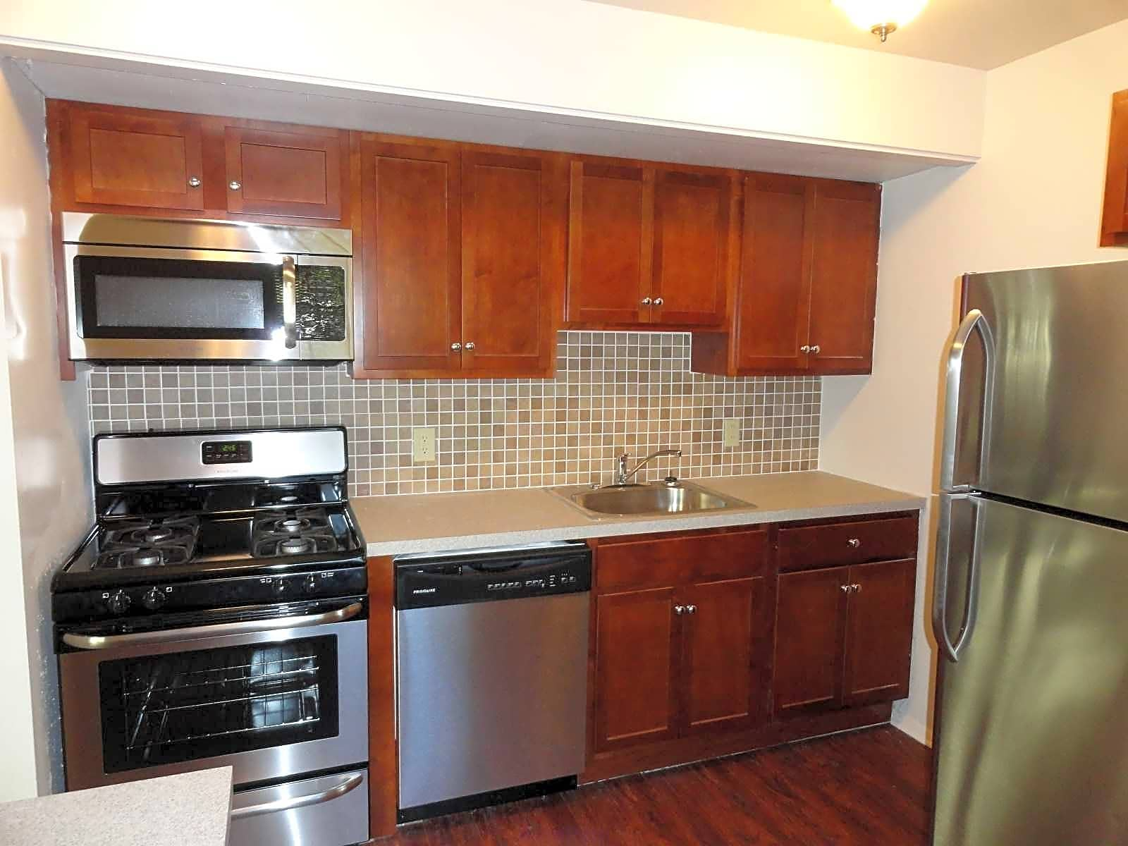 Central Park Townhomes for rent in York