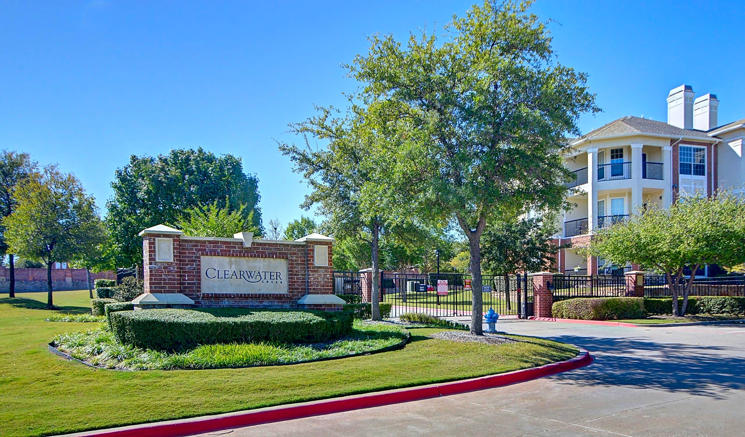 Apartments Near Eastfield College  Clearwater Creek for Eastfield College  Students in Mesquite, TX