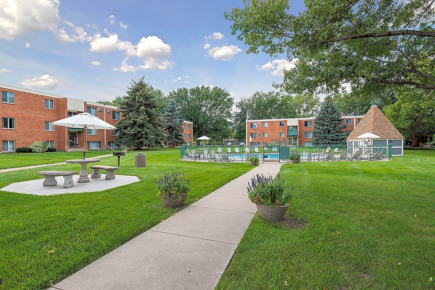 Apartments Near Century Regency Park for Century College Students in  White Bear Lake, MN