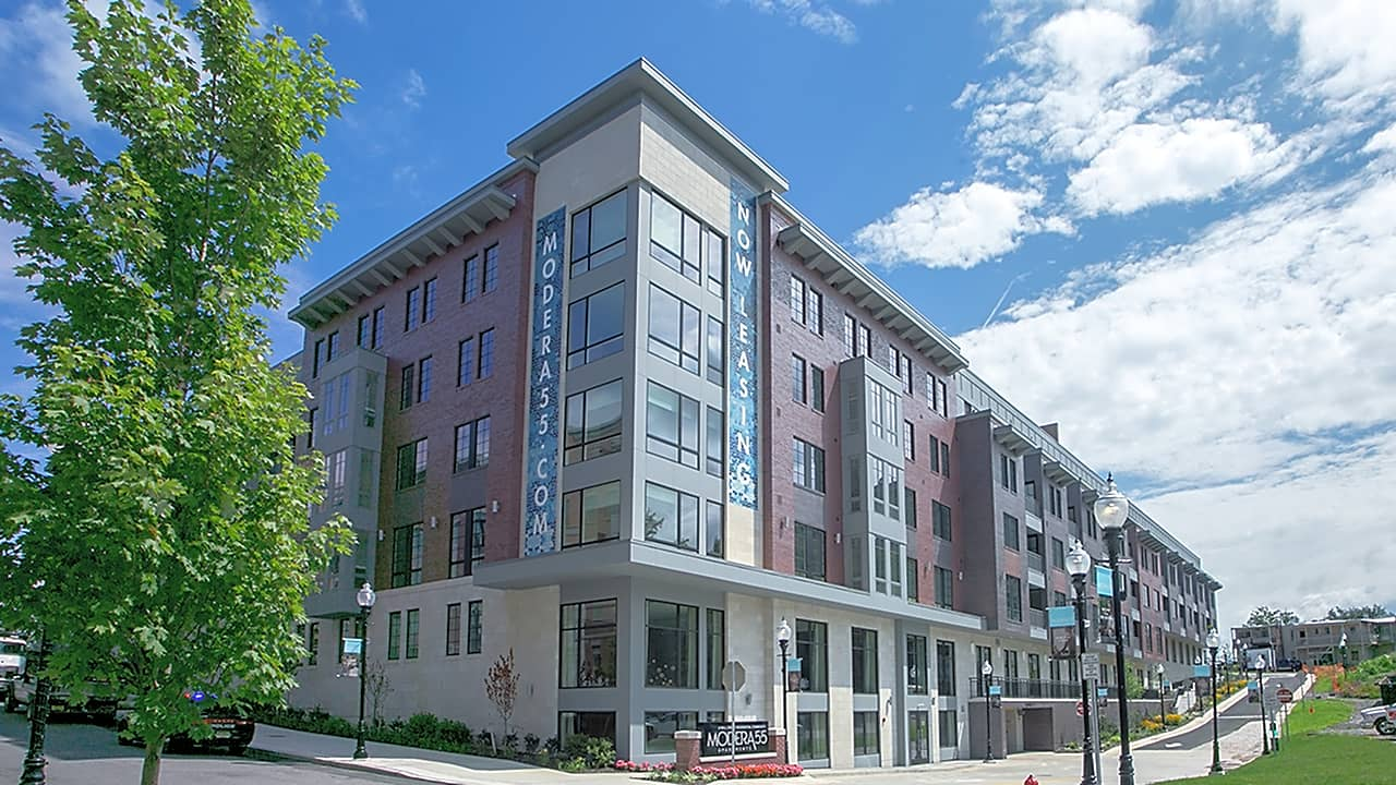 Apartments Near Drew Modera 55 for Drew University Students in Madison, NJ