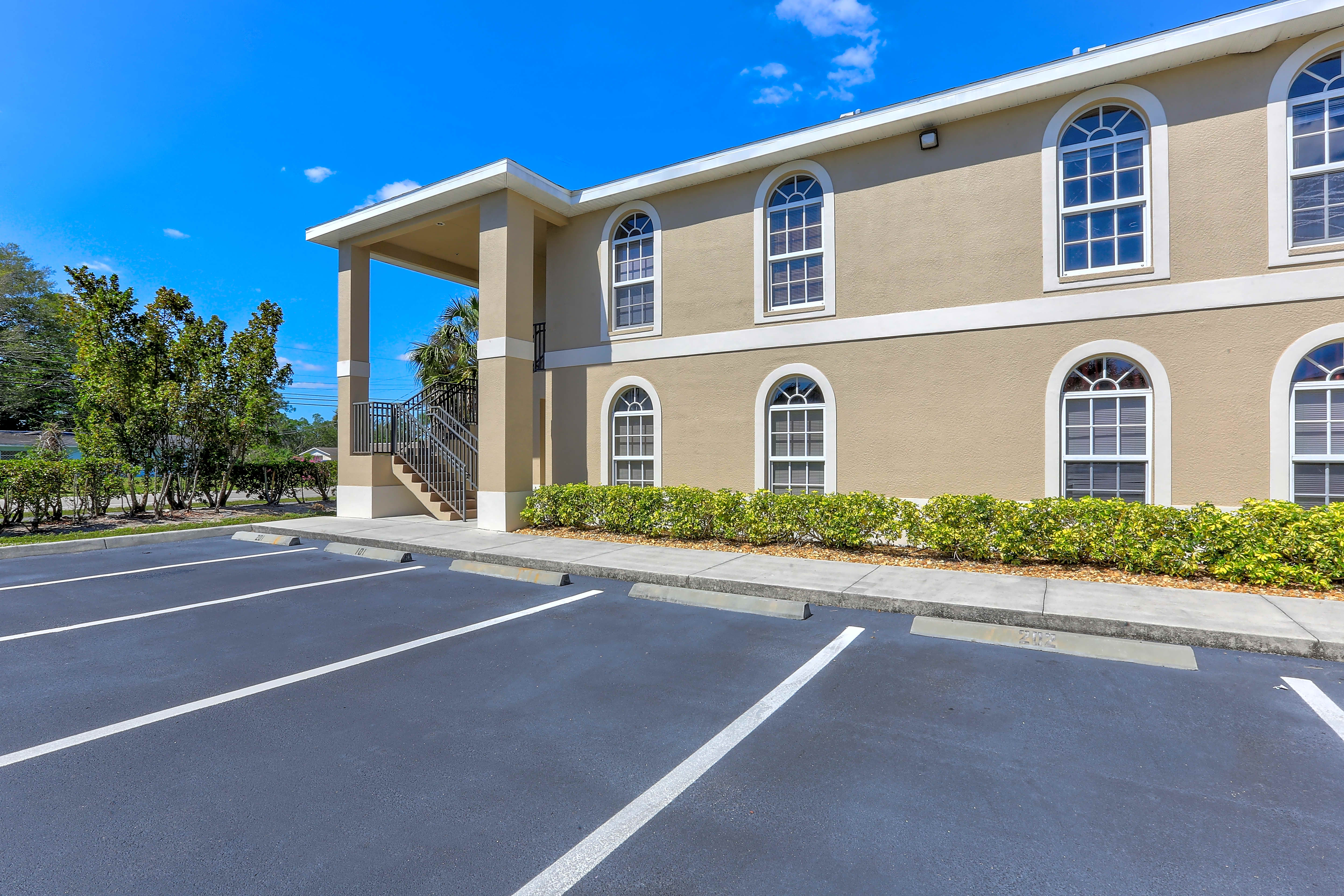 Apartments Near Florida Gulf Coast Residences Page Park for Florida Gulf Coast University Students in Fort Myers, FL