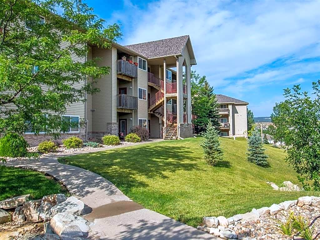 Apartments Near Black Hills Beauty College Harmony Heights for Black Hills Beauty College Students in Rapid City, SD