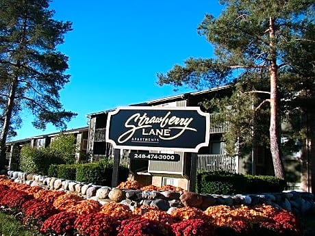 Strawberry Lane Apartments for rent in Farmington Hills