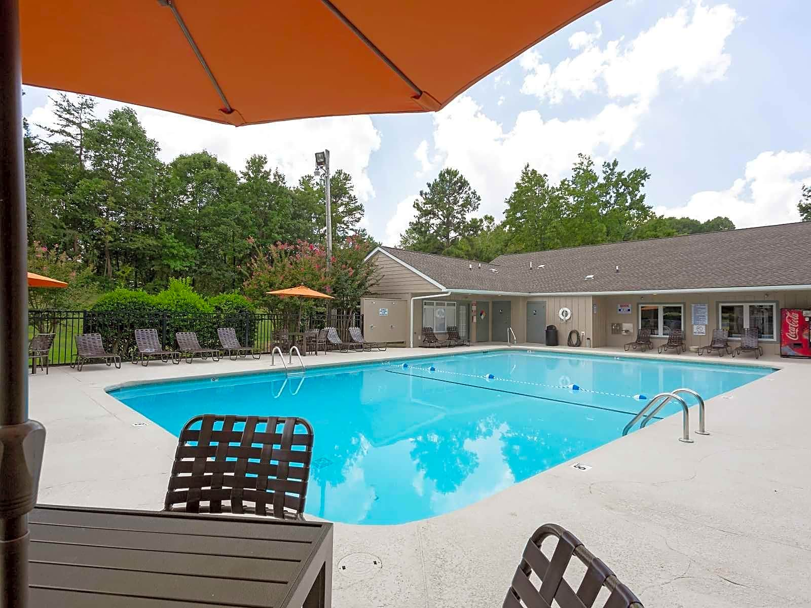 Apartments Near HPU Eastchester Ridge for High Point University Students in High Point, NC