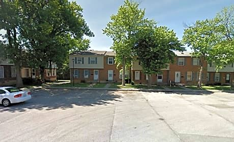 Photo: Lexington Apartment for Rent - $750.00 / month; 3 Bd & 1 Ba