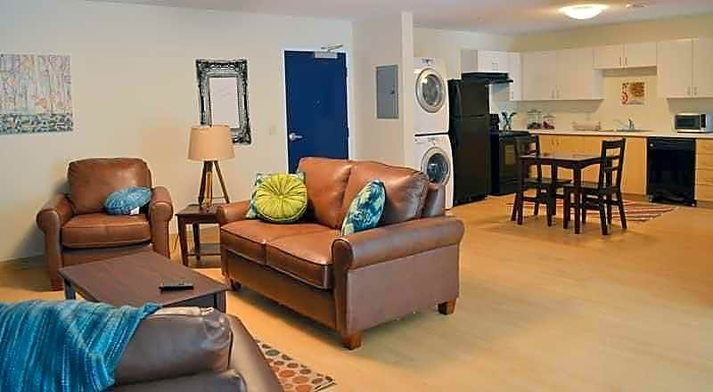 Apartments Near Syracuse Copper Beech Commons - Per Bed Lease for Syracuse Students in Syracuse, NY