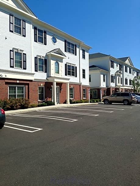 Pet Friendly Apartments In Milford Ct Pet Friendly Houses For Rent