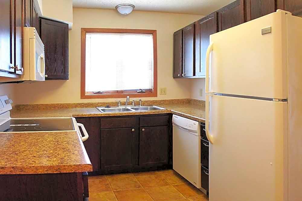 Apartments Near MSU Westridge Apartments for Minot State University Students in Minot, ND