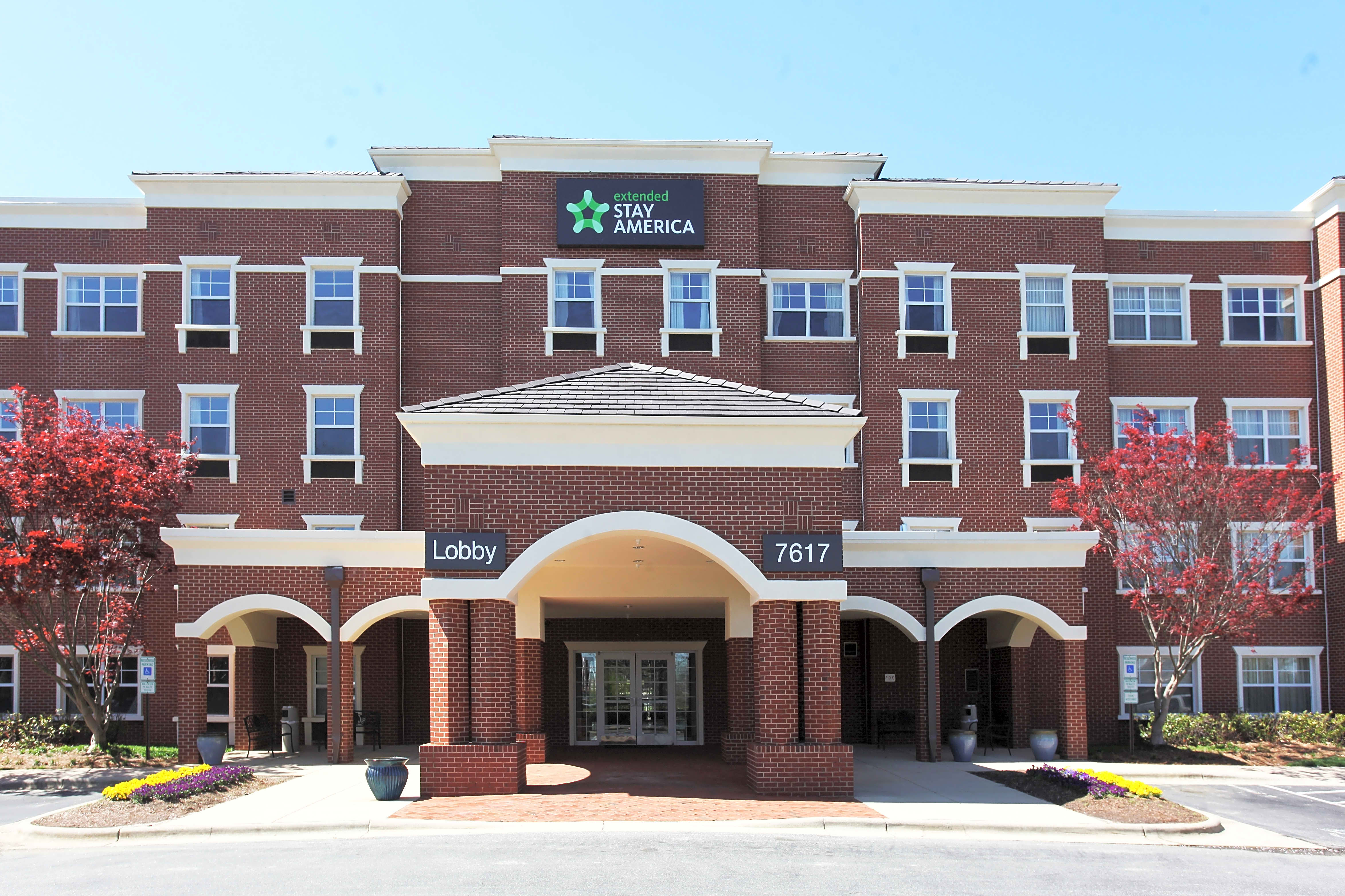 Apartments Near HPU Furnished Studio - Greensboro - Airport for High Point University Students in High Point, NC