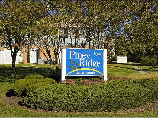 Apartments Near McDaniel Piney Ridge Townhomes for McDaniel College Students in Westminster, MD
