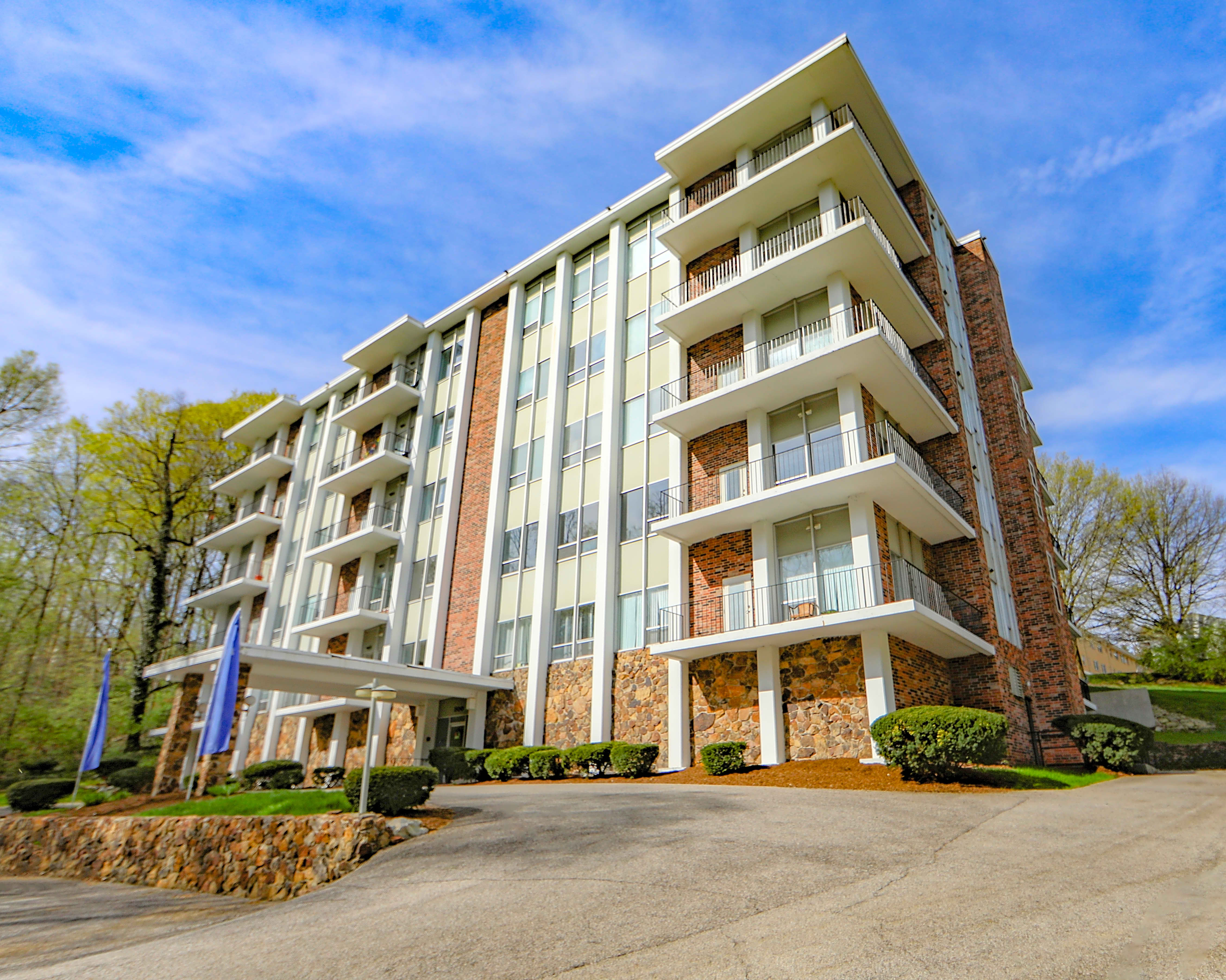 Apartments Near Tricoci University of Beauty Culture-Lafayette Valley Tower/Prospect Hill Apartments for Tricoci University of Beauty Culture-Lafayette Students in Lafayette, IN