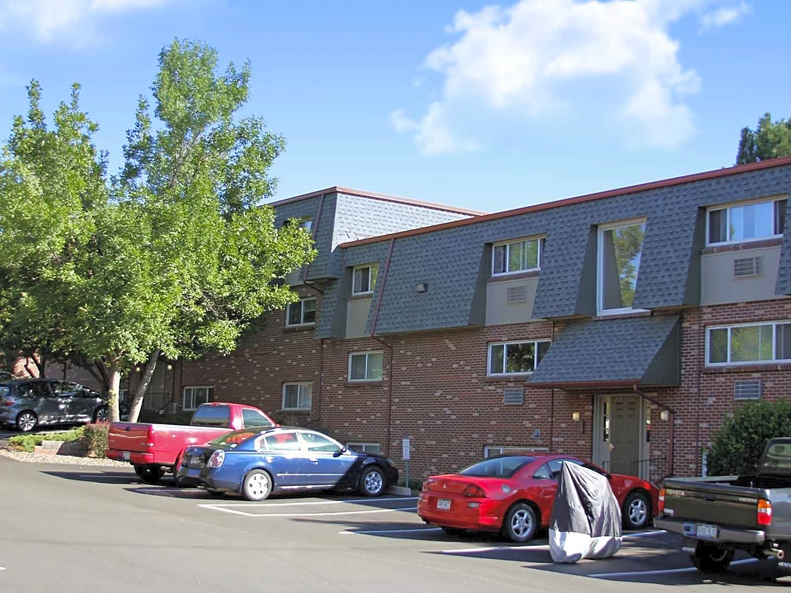 Village Apartments Of Cherry Hill