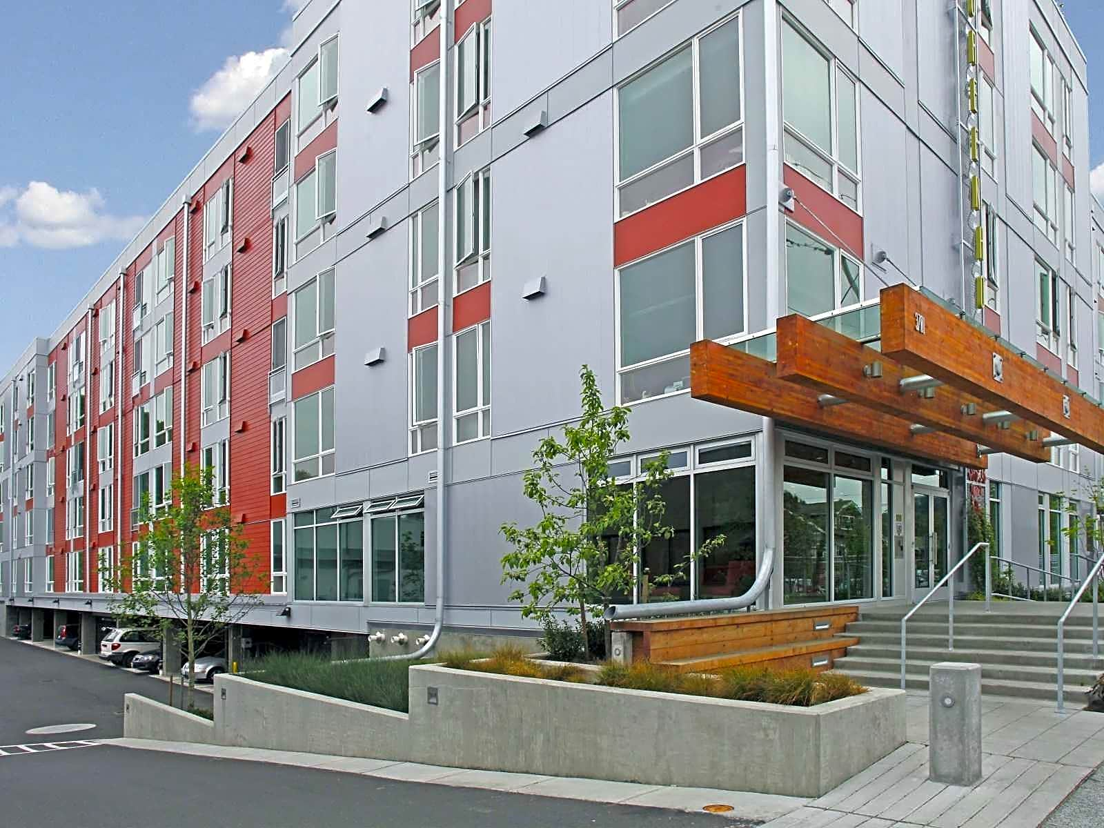 Greenhouse apartments seattle wa 98118 for Art institute of seattle parking garage