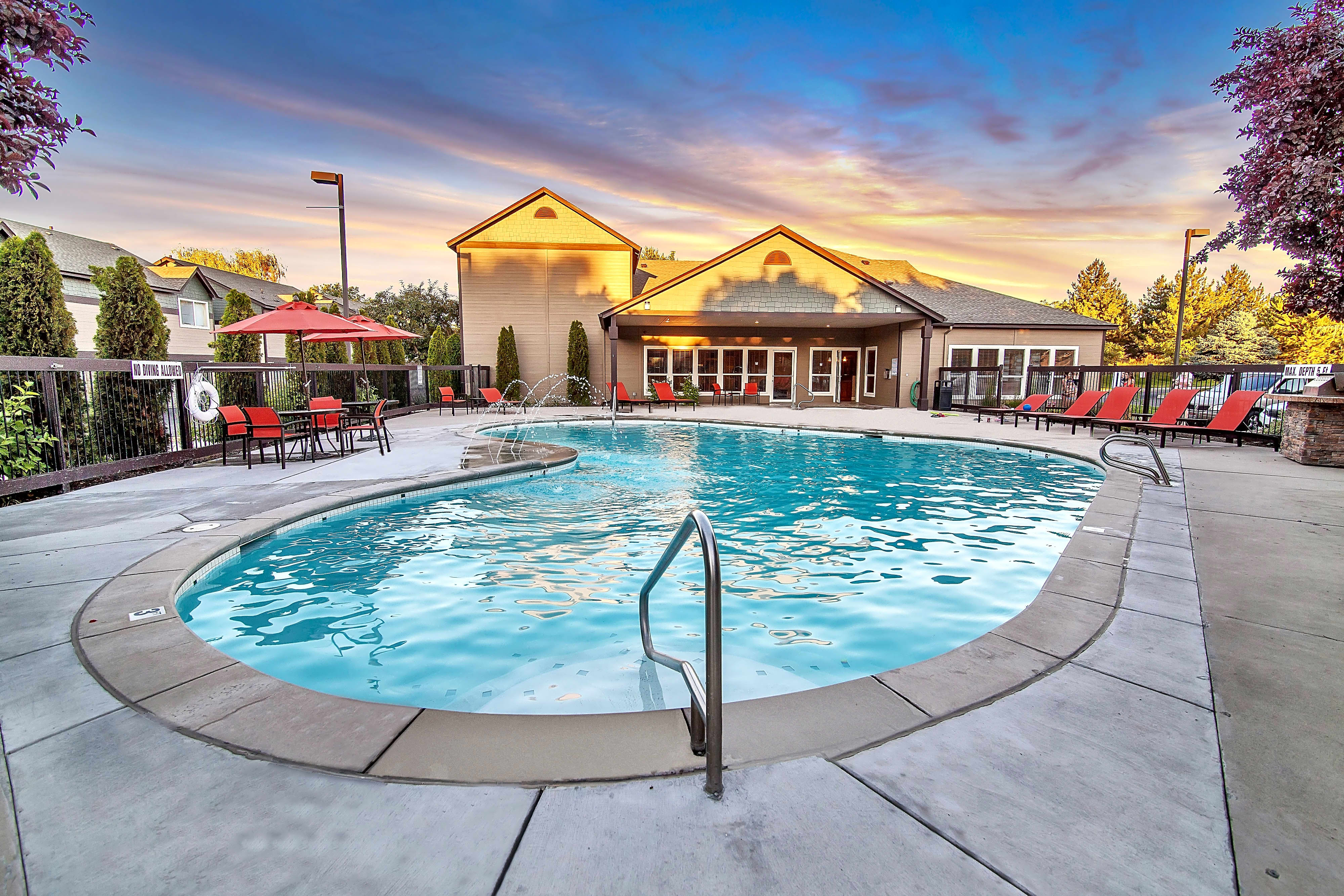 Monterra Townhomes Apartments - Boise, ID 83716