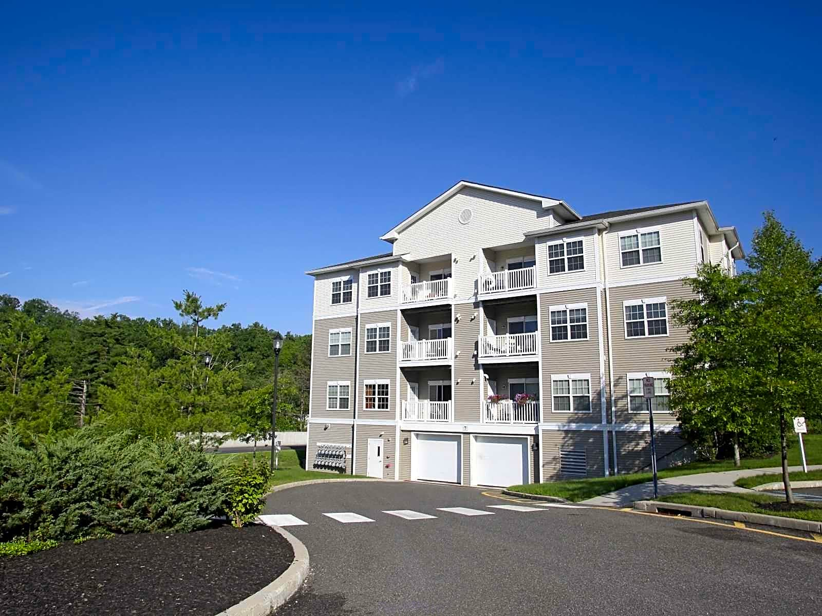 Apartments And Houses For Rent In Danbury