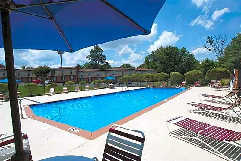 Photo: Chattanooga Apartment for Rent - $699.00 / month; 2 Bd & 1 Ba