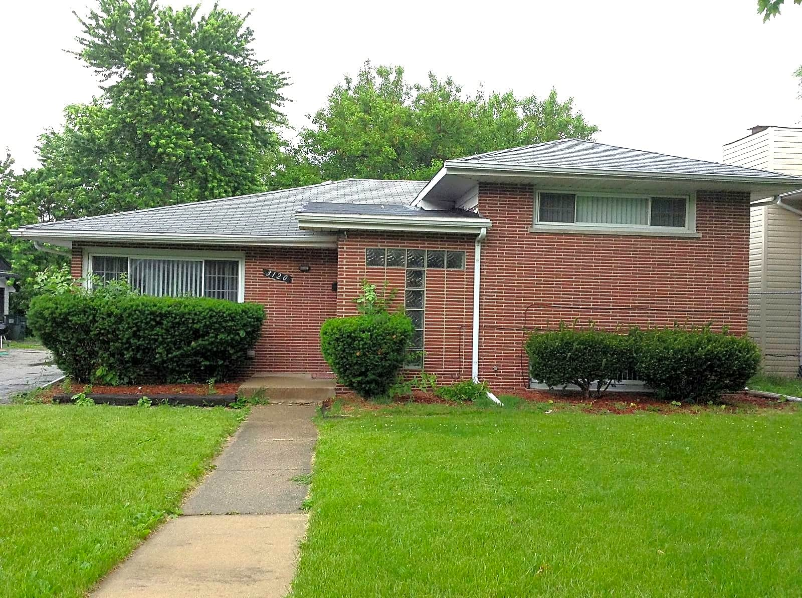 House for Rent in Hazel Crest